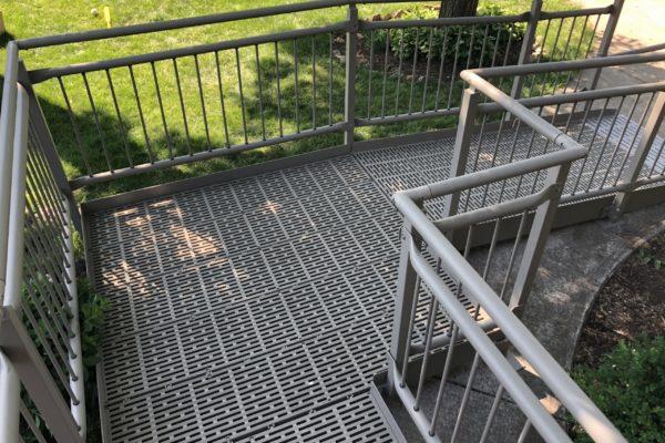 IMG_2838 - Platform with Guardrails